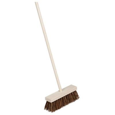 Outdoor Broom with Wooden Handle: Coarse Natural