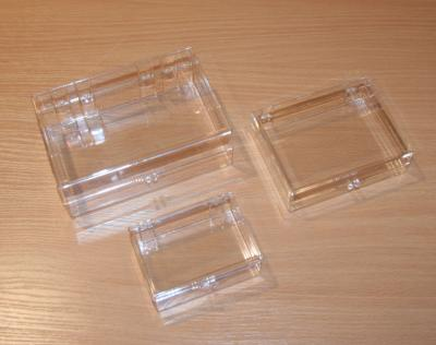 "Montessori Material. Medium Clear Plastic Box 4 ¾"" x 3 ½"" x 1 ¼"