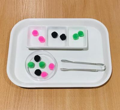 Color Sorting with Small Tongs