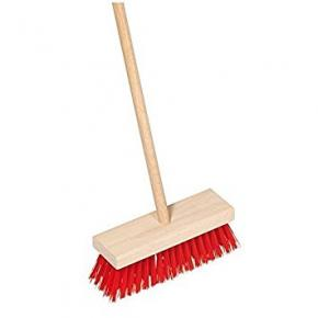 Indoor Scrubber with Wooden Handle: Red, 65 x 16.5 x 5.5 cm